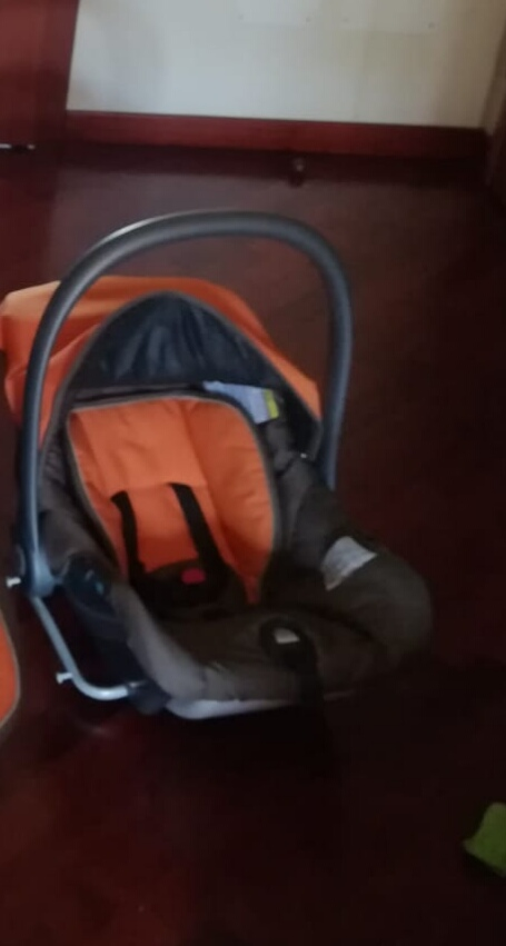Rent pram infant car seat Palermo