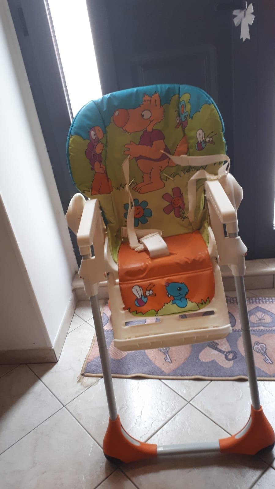 Rent high chair Locorotondo