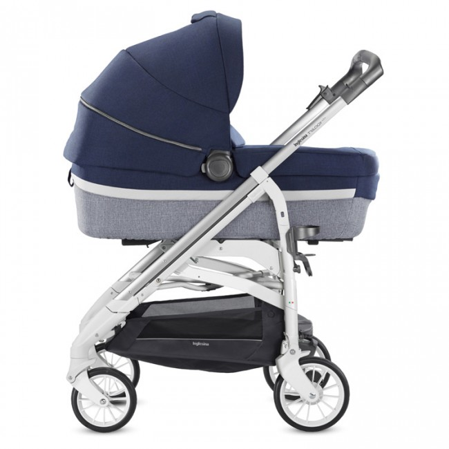Rent carrycot sroller Napoli
